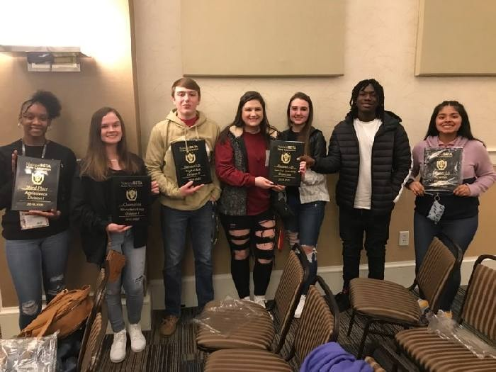 SHS BETA Club Shines at Convention